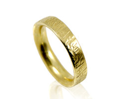 Opposite Ring